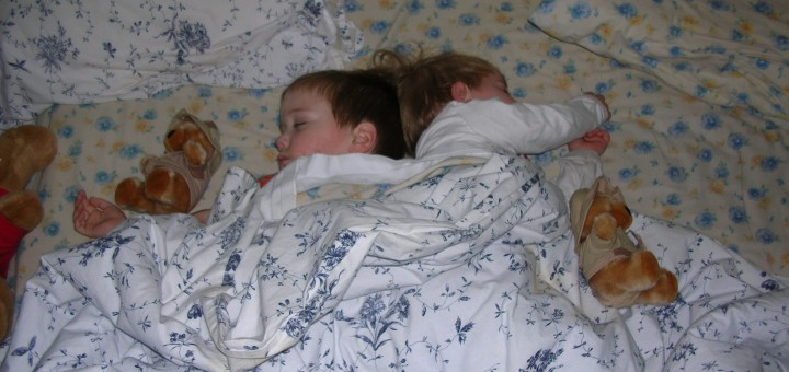 Children_sleeping